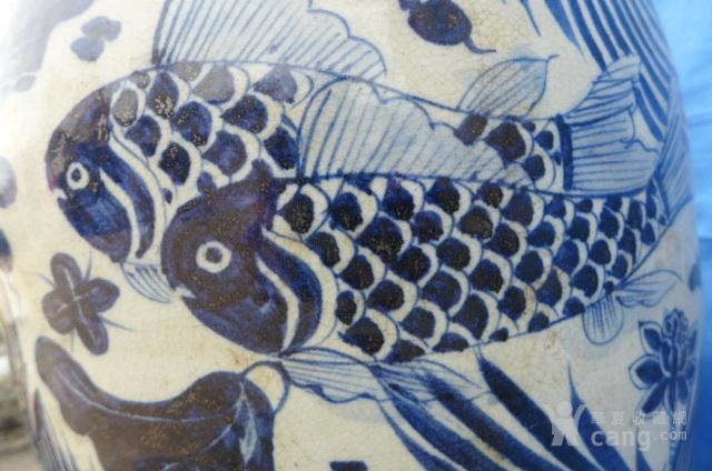 青花花卉鱼纹盖罐