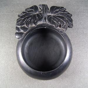 三包-清代老黑石瓜果形大水洗