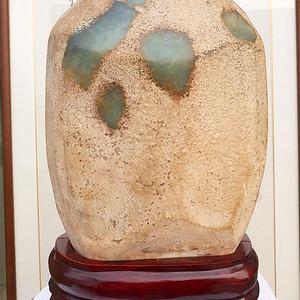 岫玉原石籽料