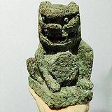 明代老石雕抱八卦风水小狮子  年份好造型少
