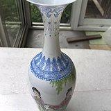 80年代出自工艺绘画师绘画的人物故事图薄胎花瓶