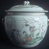 """民国""""汪佩辉""""作*仕女粉彩人物粥罐,盖罐,盖缸。"""