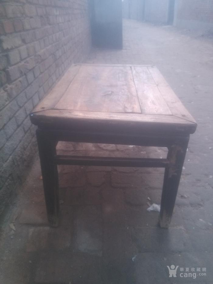 描述:桌子整体结构
