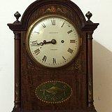 英国芝麻链座钟