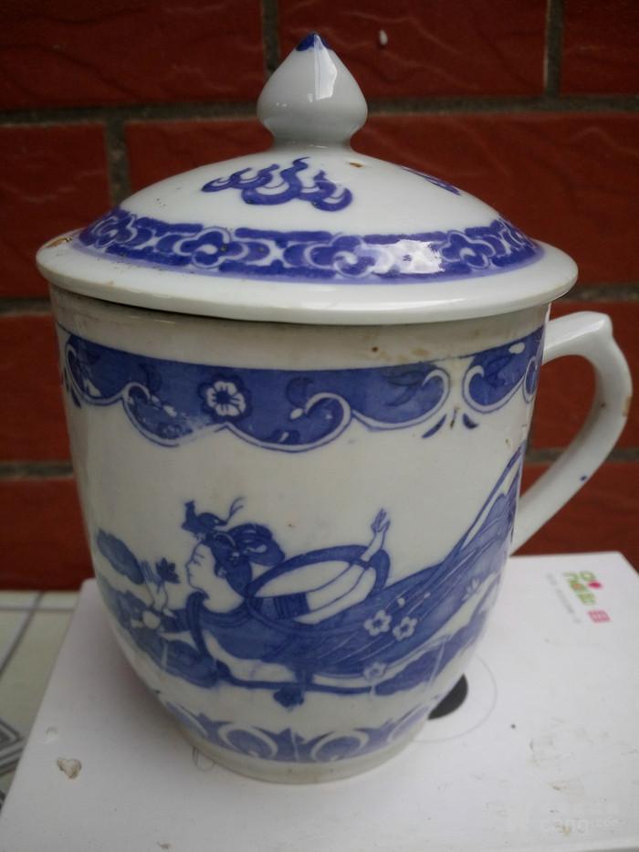 手绘人物茶杯