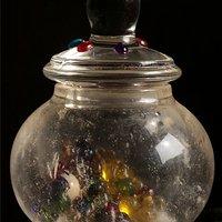**的 老的 天然水晶舍利瓶 (购水晶瓶,馈赠舍利子)