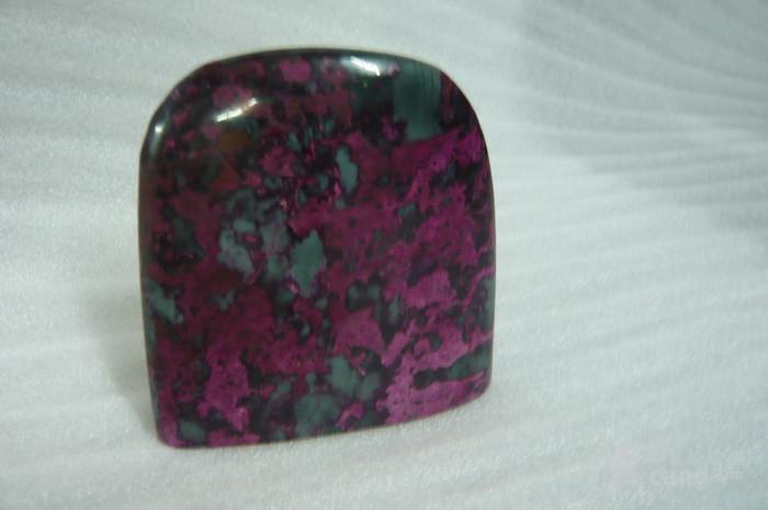 紫罗兰石摆件