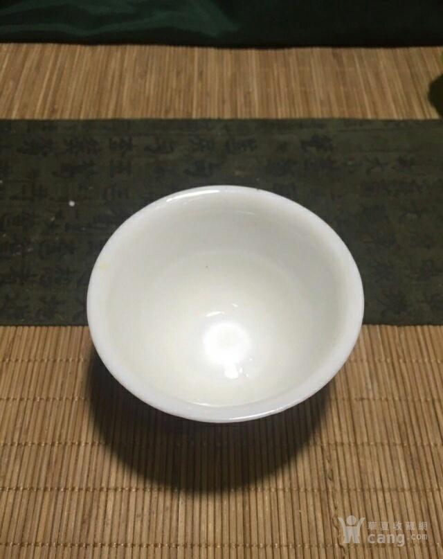 明末清初德化窑白釉印花杯图6