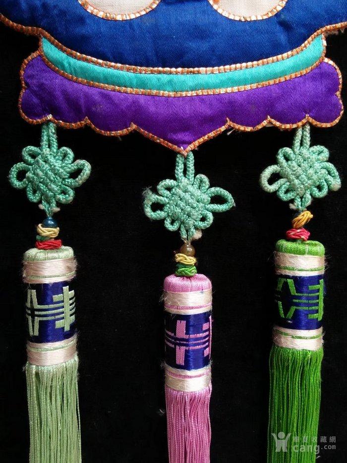 清代手工丝绸布料老绣品图片