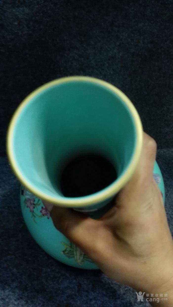 祭蓝釉人物梅瓶