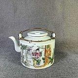 粉彩茶壶(梳妆)