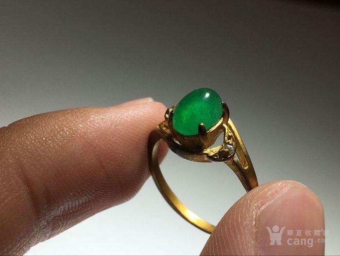 精品 五十年代 冰种满阳绿翡翠戒指 水头荧光都非常图2