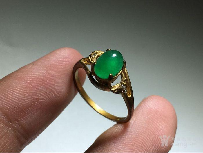 精品 五十年代 冰种满阳绿翡翠戒指 水头荧光都非常图3