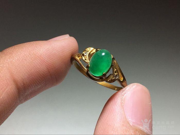 精品 五十年代 冰种满阳绿翡翠戒指 水头荧光都非常图4