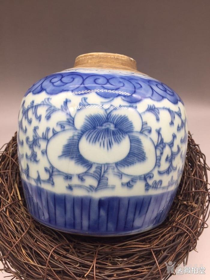 清代青花缠枝莲喜字茶叶罐图片