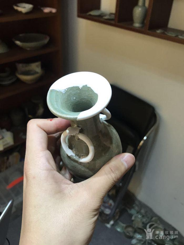 元代 龙泉窑 衔耳瓶