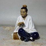 民国生瓷书生人物塑像