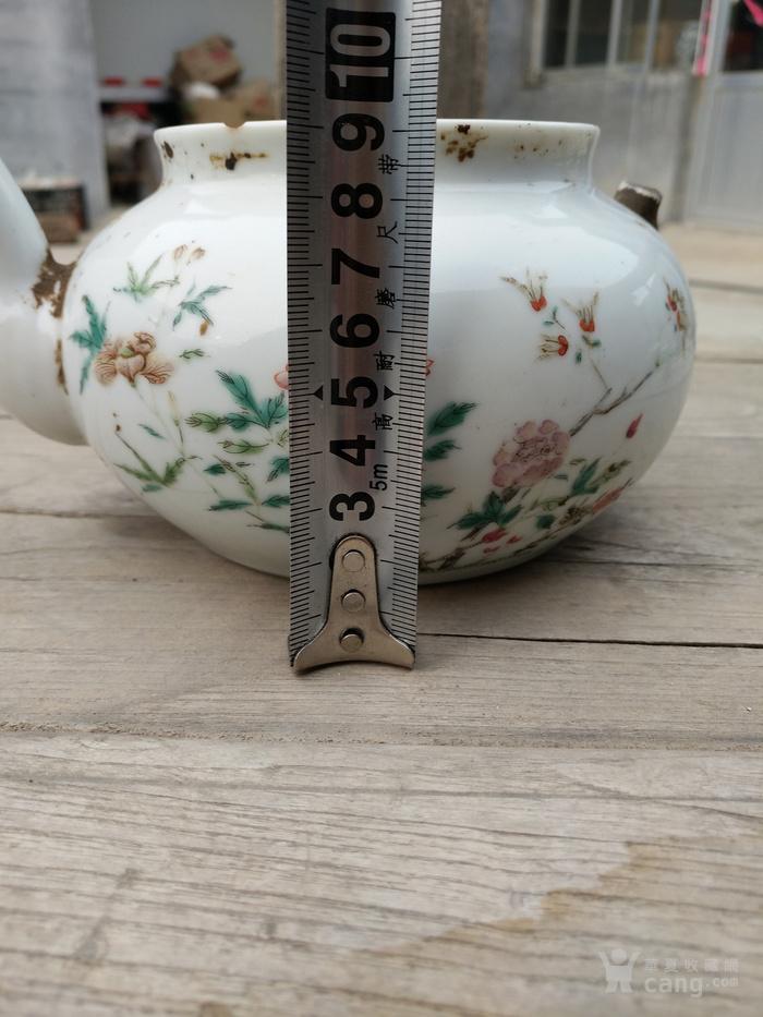 大清乾隆年制款粉彩茶壶一把图片