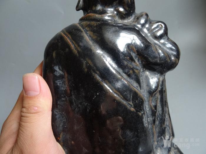 宋代黑釉沉思罗汉图8