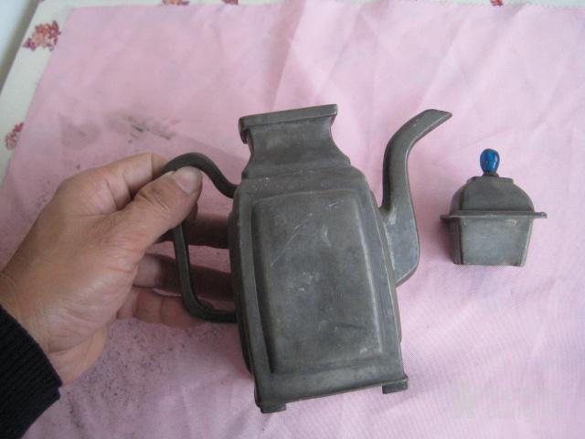 一把好品相的清代带点铜工艺的老锡壶