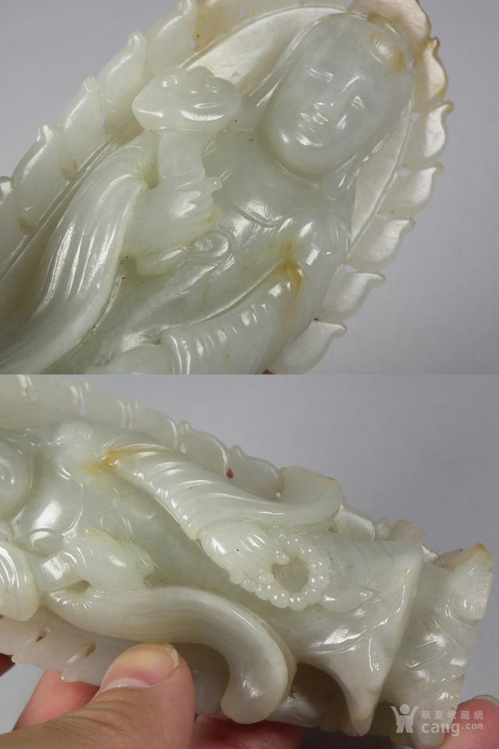 老和田青白玉带红沁籽料带背光执灵芝观音佛一尊图10