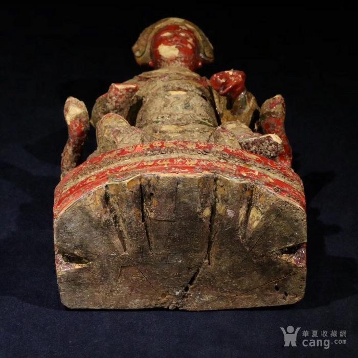 四川地区木雕 彩漆保存相对完好,雕刻细致,衣纹精美