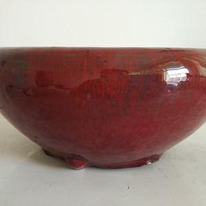 三足红釉香炉