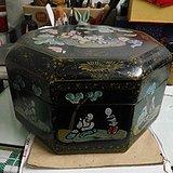 老漆器木胎描金彩绘八宝盒一个