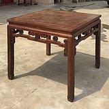 苏作清代血榉木小贡壁八仙桌。
