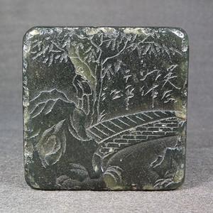 老碧绿色寿山石浅浮雕高山山石人物大方印章
