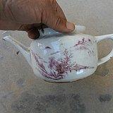矾红彩茶壶