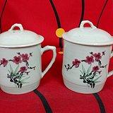 60年代建国瓷厂手绘茶杯一对