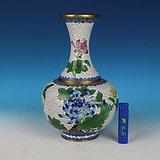 创汇时期景泰蓝花卉纹赏瓶