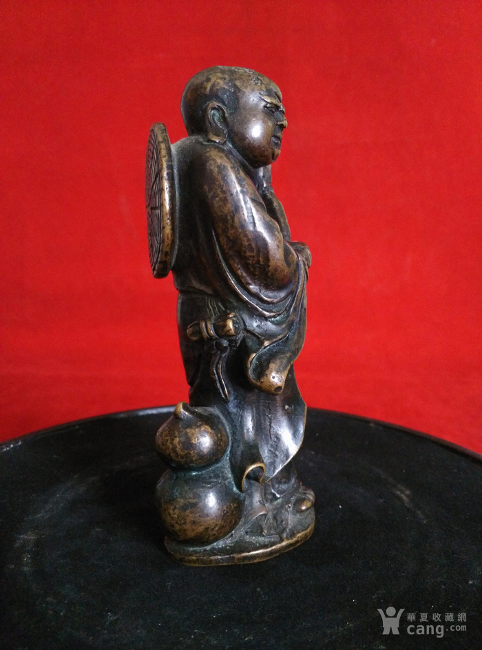 瞎和尚挑灯铜像图6