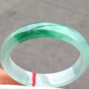 1119 绿色贵妃手镯,特惠价39980