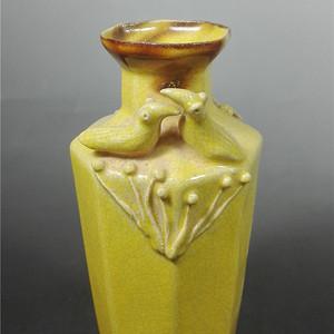 动物柴窑黄色老瓷器瓶