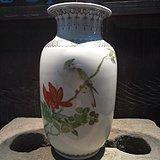 70年代精美花鸟灯笼瓶