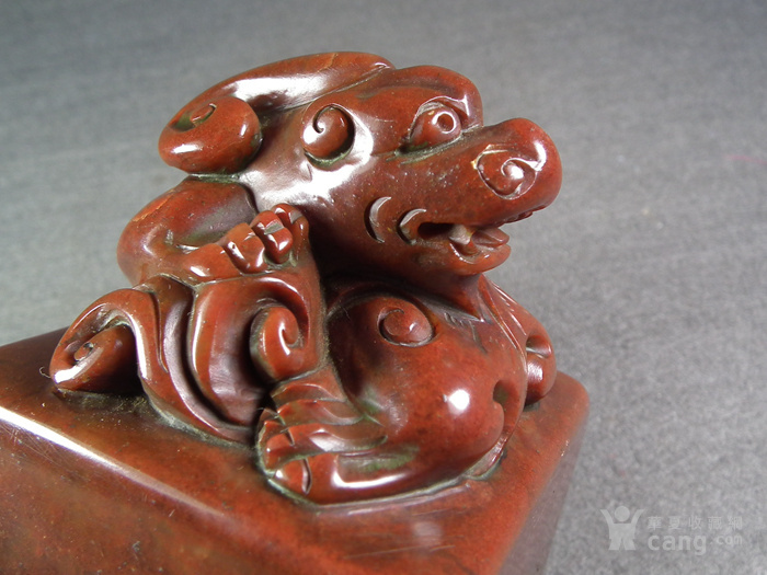 老红寿山石卧兽方形大印章图6