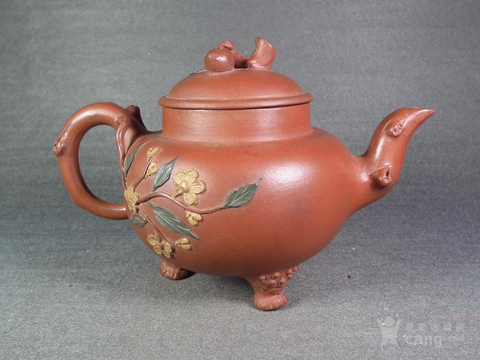 红泥紫砂堆塑花卉仙桃三足大茶壶图2
