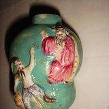 清乾隆,粉彩,松石绿釉,堆雕瓷人物,钟馗捉鬼,鼻烟壶