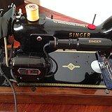 1954  英国绝版电动缝纫机  完美运行