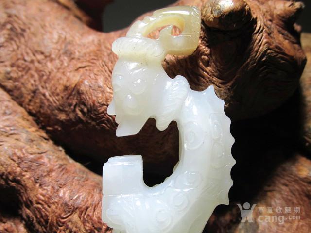晚清  近羊脂级 一级白 和田玉籽料 苏工精雕 龙王献宝