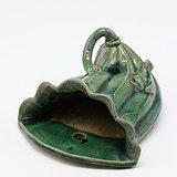 民国 绿釉荷叶青蛙壁瓶