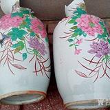一对大花瓶