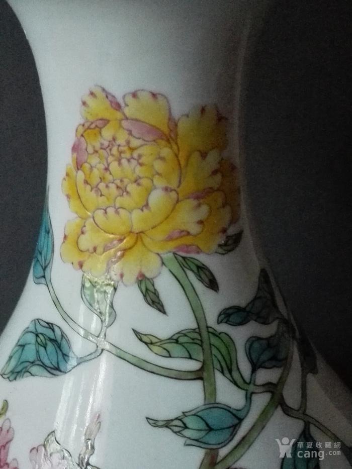 粉彩菊花玉壶春瓶