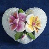 出口创汇,心形花卉粉盒