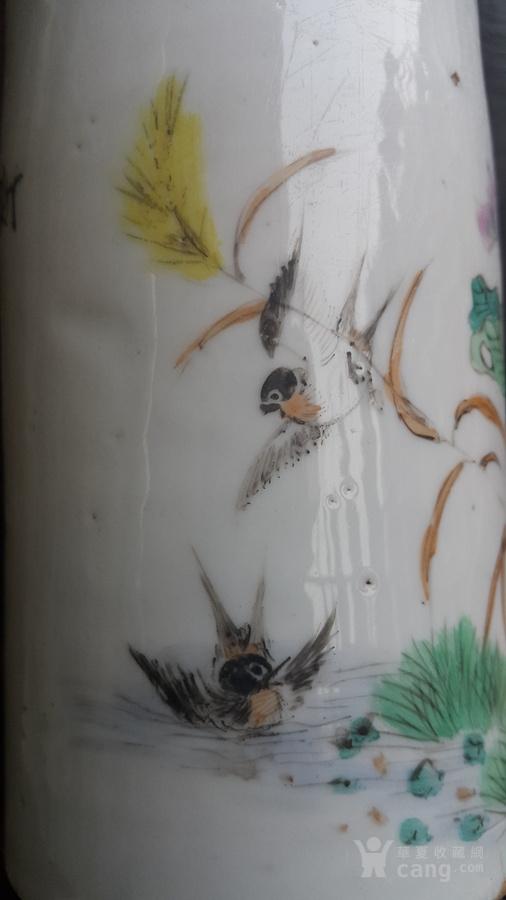 民国粉彩,荷花水鸟图笔筒。