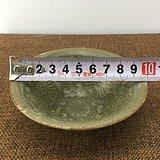 绿釉花卉开片瓷碗A1606