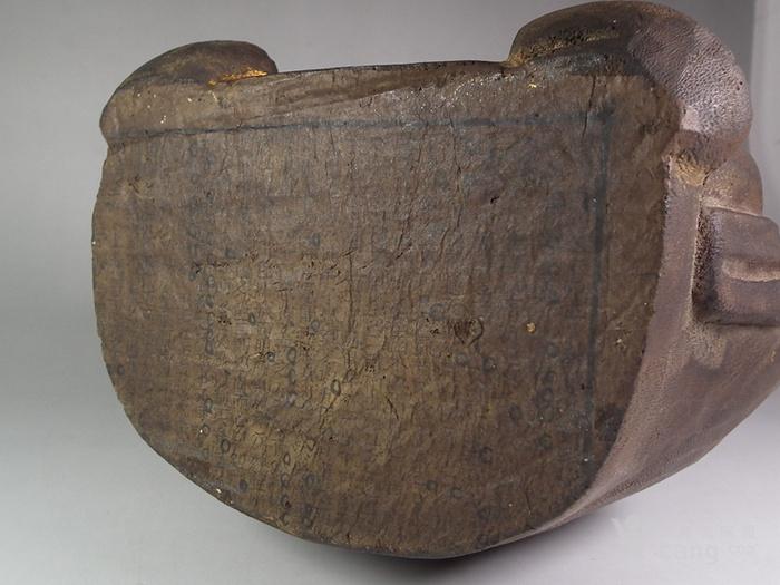 木胎鎏金财神大坐像图8