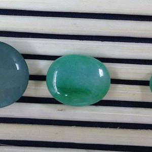 缅甸天然翡翠A货戒面三个,三个一起卖,也可以单卖,喜欢就报价